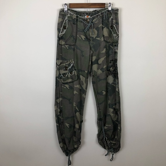 by deep los angeles Pants - By deep LA small  army camou joggers lightweight